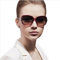 暴龙太阳镜 玉晶质感系列 BL2205 2014大框新款 时尚个性 防紫外线墨镜【清仓】数量有限,清完为止,赶紧抢购吧!
